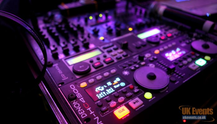 quality disco equipment with great dj's to make your event pop