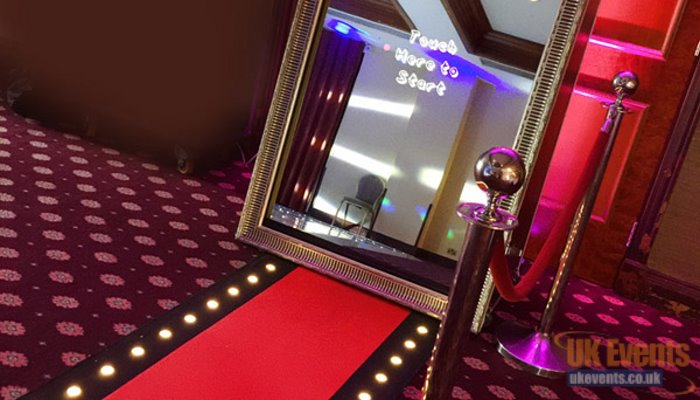 Selfie Mirrors and photo booths for birthdays and weddings