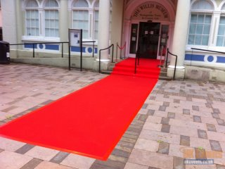 hire a red carpet for awards night